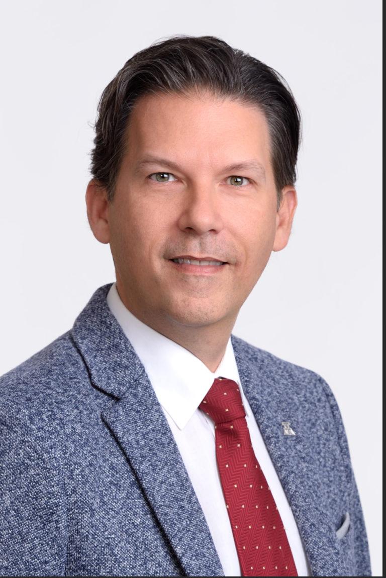 Maître Jean Théberge